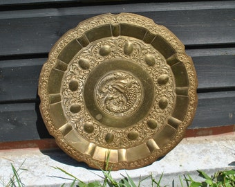 Vintage pressed large decorative plate - Fish - Bird