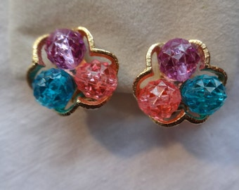 Faceted Vintage Three Bead Cluster Nugget Clip Earrings