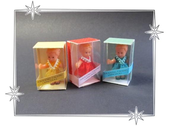 Dolls house, shop, miniature cute boxed doll.