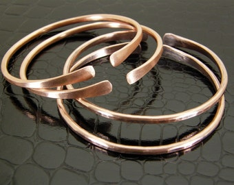Hammered Copper Bracelet, Stacking Bangle, Bare Copper or Antiqued Patina Finish in Mens or Womens