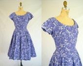 Vintage 1950s Dress / Purple Floral Jerry Gilden Dress / Small-Medium