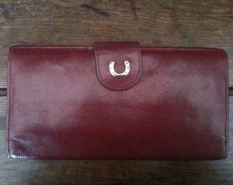 Vintage English Horseshoe Red Leather Wallet Purse circa 1970's / English Shop