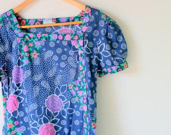 1970s HAWAIIAN DREAM Dress....size medium to large...mod. dreamy. maxi dress. 1970s dress. blue. vacation. casi. floral dress. colorful. fun