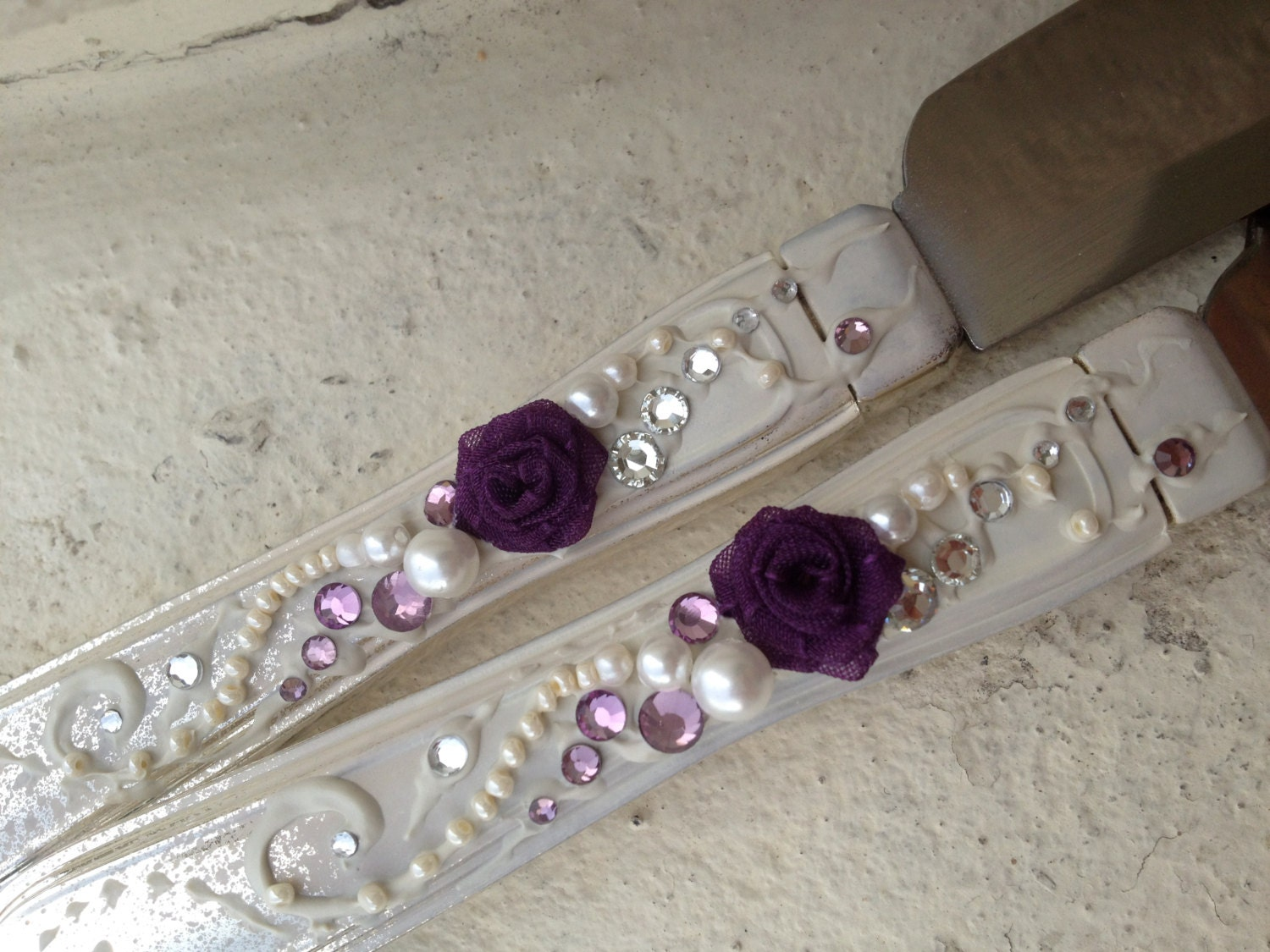 wedding cake set wedding cake server set in ivory plum lavender and silver 8746
