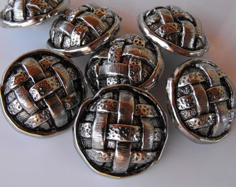 "20 Silver Criss Cross Round Shanked Buttons Size 15/16""."