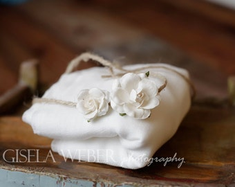 White Baby Wrap Set, Newborn Cheesecloth, White Baby Wrap, Newborn Photo Prop, White Cheesecloth, White Baby Halo, White Newborn Tieback