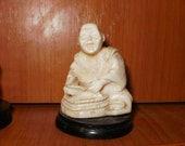 4 Chinese old miniature faux-ivory ?, bone statues figurines carved Buddha/Samurai