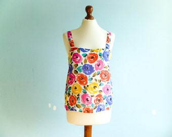 Vintage summer top tank floral / sleeveless blouse / white red blue yellow multicolor / crop cropped / medium
