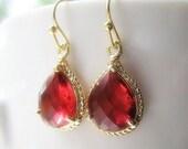 Ruby Red Gold Teardrop Earrings / Glass Dangle / Bridal / Bridesmaids / Wedding / Ruby Drop Earrings / 14K Gold Filled Wire / Drop Earrings