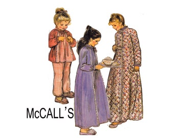 Childrens and Girls Robe Nightgown and Pajamas Size 4-6 Ex-Small McCalls 7236 1980s 80s Sewing Pattern Little Girls pjs nightie top & pants