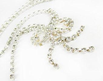Vintage Rhinestone Necklace with Rhinestone Bow Pendant, Bridal / Vintage Wedding - Collier Perle.