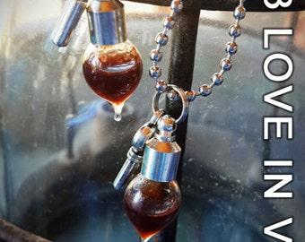 JUNE DISCOUNT KIT!    Love In Vein™ - Original blood vial kit. 2013 Range: Style - Teardrop. Blood Vials with Anticoagulant, vials for ashes