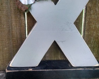Shabby chic letter X shelf sitter