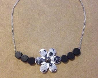 Black floral chain choker