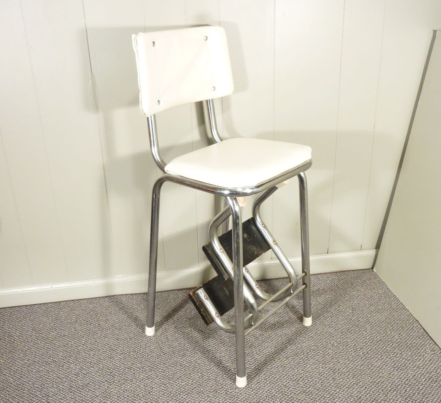 Retro 50s vintage step stool kitchen stool chair by gillardgurl