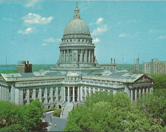 State Capitol - Madison, Wisconsin -1967 Vintage Postcard
