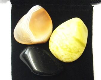 GEMINI ZODIAC / ASTROLOGICAL Tumbled Crystal Healing Set - 3 Gemstones w/Description & Pouch - Agate, Black Tourmaline, Serpentine