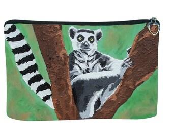 Lemur Cosmetic Bag - Salvador Kitti - Black and White Ring Tailed Lemur