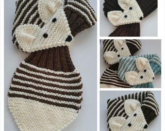 KIDS Adjustable Stripe Fox Scarf Hand Knit scarf / Neck warmer Brown