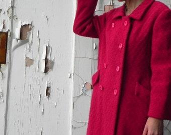 sweetheart deep rose pink coat. vintage. 50s.