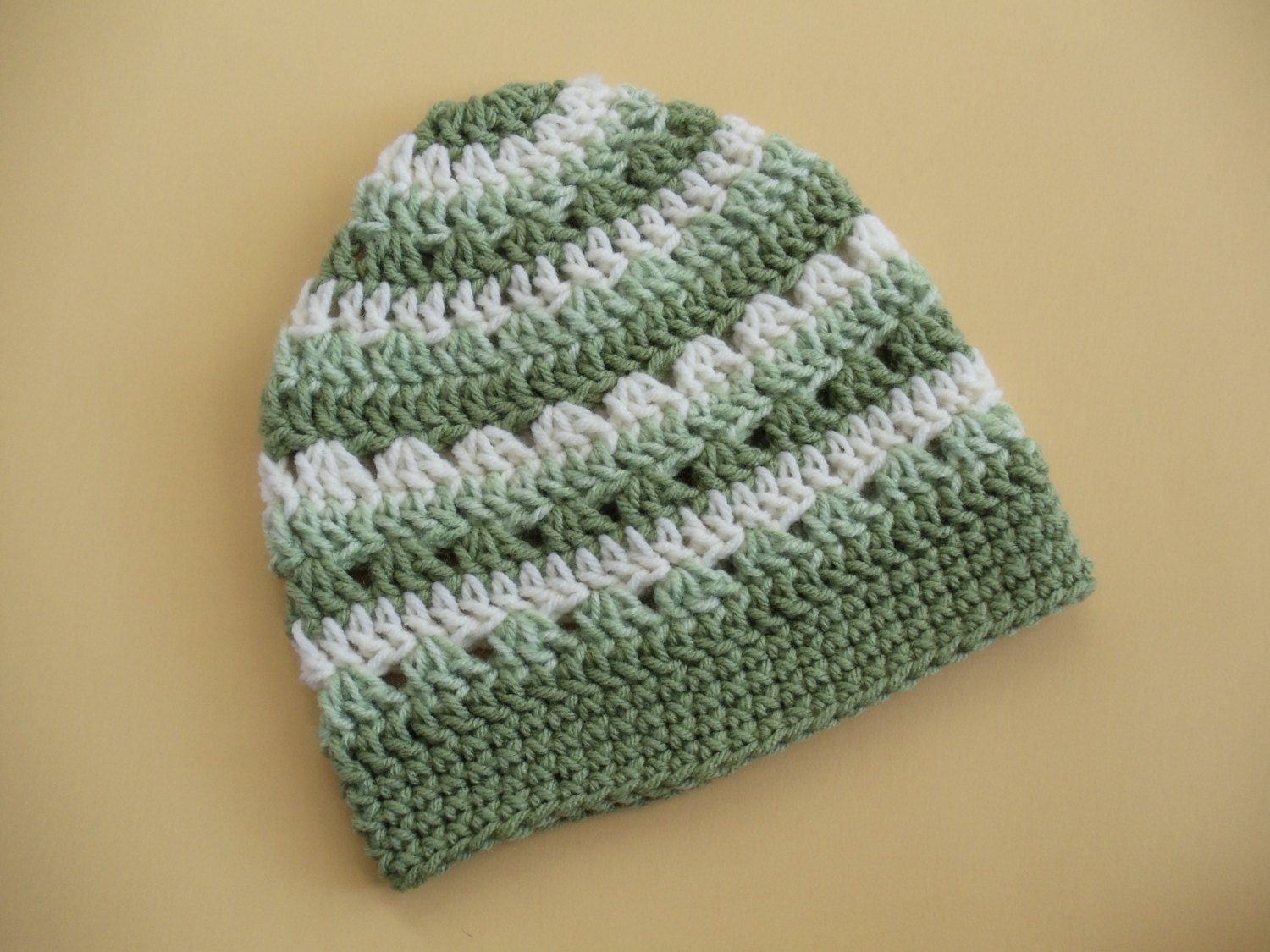 Crochet Beanie Pattern Striped : Green Striped Crochet Hat Green and White Crochet Beanie