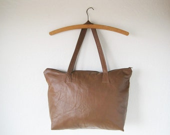 MADE TO ORDER Eco-Chic Brown Leather Zippered Tote