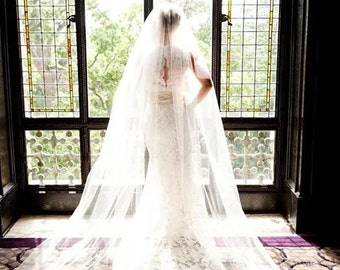 Extra full, extra wide - white, regal veil