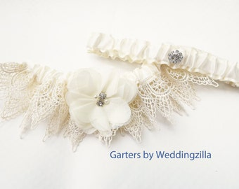 Ivory Wedding Garter Set/  Venise LACE GARTER SET