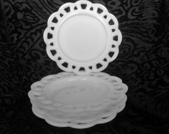 Vintage Milk Glass Mini Cake Plates with Lace Edge - Set of 4 - Wedding Decor Centerpiece or Candy Buffet Dessert Buffet