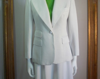 Vintage 1970's Evan-Picone White Suit - Size 6
