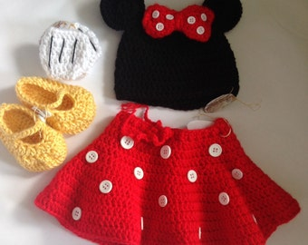 Handmade Crochet Minni Mouse outfit set (hat, skirt, mittens and shoes) in any size you like.