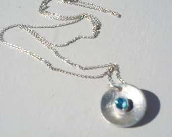 Round Sterling Silver pendant with Swiss Blue Topaz, Gemstone pendant, Chain necklace,  Dainty Blue gemstone pendant, Metalwork