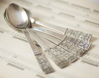Silver plate spoons, coffee spoons, vintage serving, retro set of 6 flatware, gift flower ornament spoons, silverware