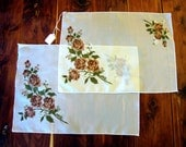 Design Dresser Scalloped Edge floral design brown roses