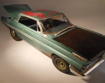 Classicwrecks Rusted Scale Model Junked Pontiac Car