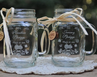 Fall Wedding Favors, Pumpkin Mr and Mrs Mason Jars, Personalized Engraved with matching cherrywood charms