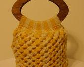 Vtg Crochet Yarn Handbag With Wooden Handles