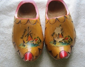 Cute Vintage Pair of Souvenir Wooden Shoes from Holland