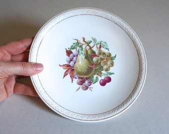 "Vintage Norwegian Serving Plate 7"" Diameter with Pears and Grapes Made in Norway by Figgjo Flint - Floyd Jones Vintage"