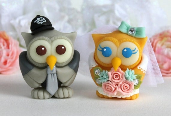 wedding cake toppers birds uk wedding owl cake topper birds with bridal gown and groom 26398