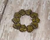 Green Maple Leaf Bead 10x13mm Czech Glass Picasso SYCAMORE  (10)