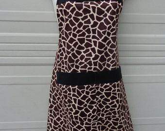 Apron: Giraffe