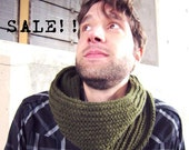 Unisex Cowl Knitted Cowl Green Cowl Mens Cowl Mens Scarf Womens Cowl Womens Scarf Winter Accessories Chunky Cowl Scarf