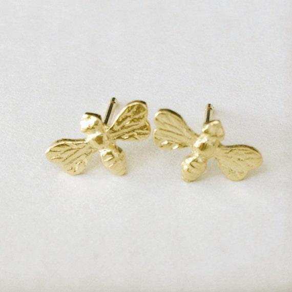 solid 14k gold bee stud earrings one pair