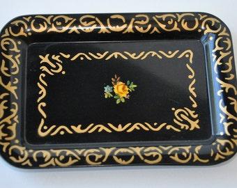 Vintage Floral Tin Tray Set