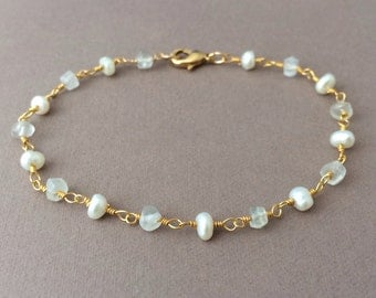 Gold White Pearl and Moonstone Wire Wrapped Beaded Bracelet