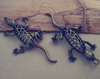 6pcs  Antique Bronze lizard pendant charm 25mmx50mm