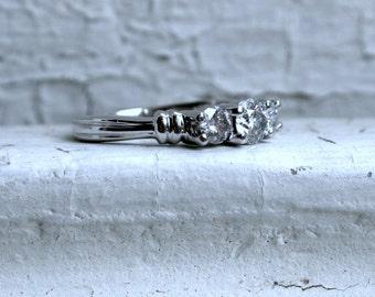 Traditional Vintage Three Stone Diamond Engagement Ring in Platinum - 0.80ct.