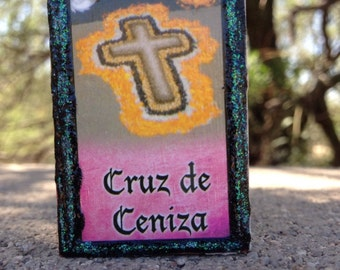 Loteria Day of the Dead Matchbox, Cruz de Ceniza (cross of ashes) and El Epitatio (epitaph)