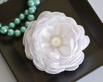 Bridal Flower, White, Wedding Hair Piece, Silk Flower  Hair Clip, Hair Accessories, Bridesmaid, Fascinator, Hair Flower, Flower for Hair